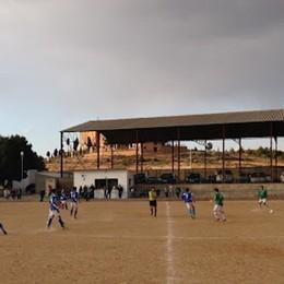 I campi umili/1 Viaggio a Calanda, Aragona, Spagna. Terra e polvere, che tira vento, lì dove si gioca a futbol