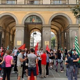 Mancati stipendi alla Boost, i sindacati: «Se non arrivano risposte martedì 8 ore di sciopero»