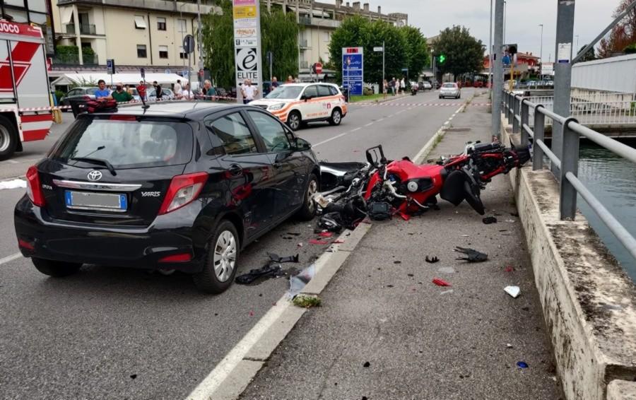 Tragico schianto a Ranica, muore motociclista di 25 anni