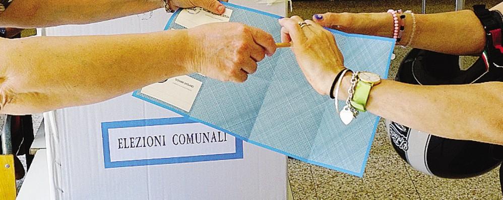 Elezioni, 38 Comuni bergamaschi al voto: crisi delle candidature, crollo del 40%