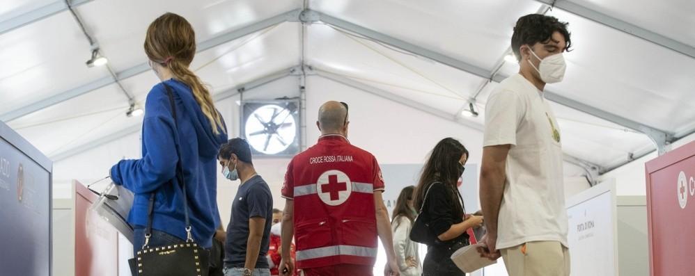 Curva pandemica in discesa negli ultimi 7 giorni, 22 casi ogni 100mila abitanti