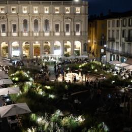 «Invasione verde in Piazza Vecchia...»