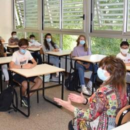 La scuola ancora senza personale, la Cgil: «Ata in affanno con i controlli Covid»