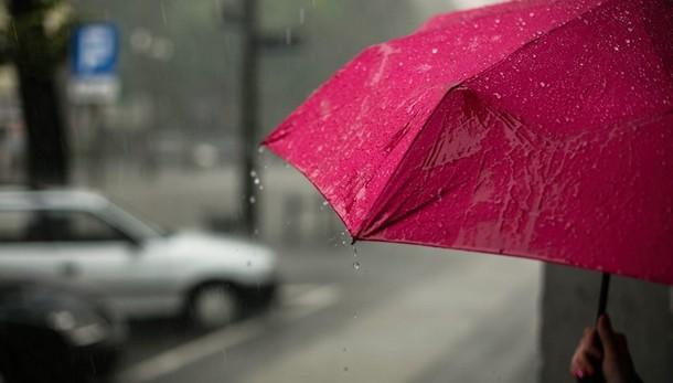 Meteo:  rovesci e temporali  sul Nord Italia, lunedì il maltempo si sposterà verso Sud