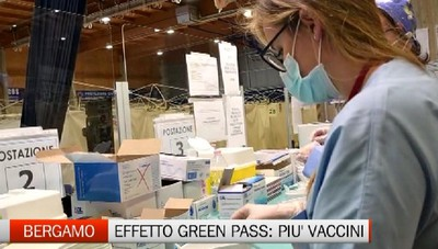 Vaccinazioni in Bergamasca: non si spegne l'effetto Green Pass