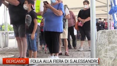Fiera di Bergamo: folla all'apertura della festa di Sant'Alessandro