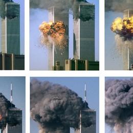 «New York l'11 Settembre di 20 anni fa era solo silenzio e fumo». Tu dove eri? Quali sono i tuoi ricordi? - Foto