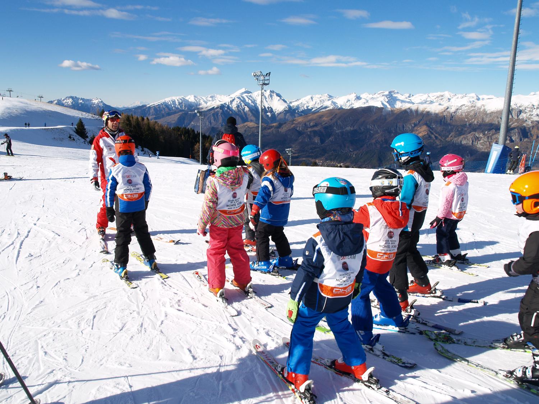 Skipass gratuito per gli under 16, iniziativa della Regione Lombardia