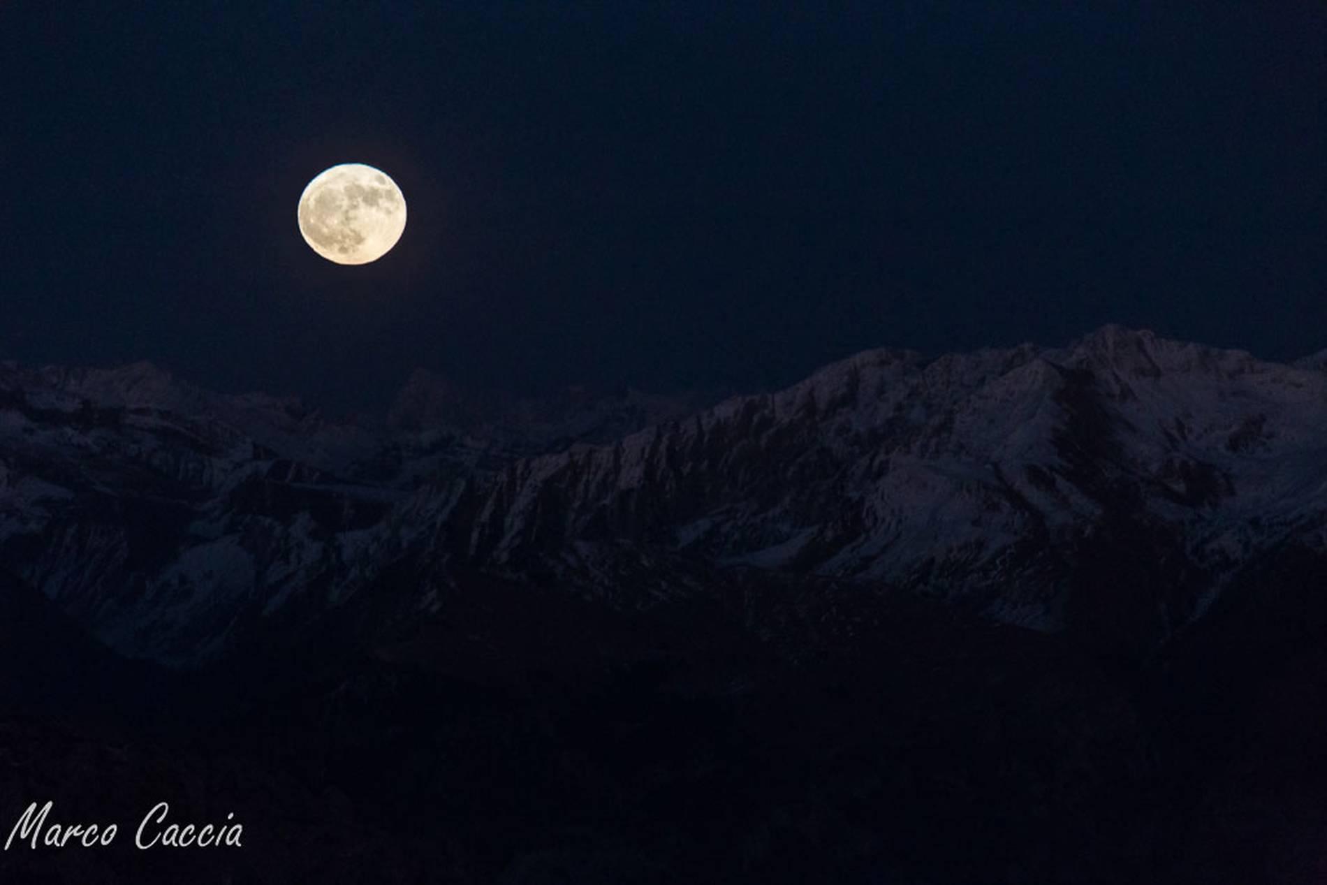 Occhi in su, c'è la luna più grande dell'anno.