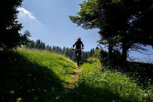 Mountain bike per tutte le età domenica al monte Dasdana