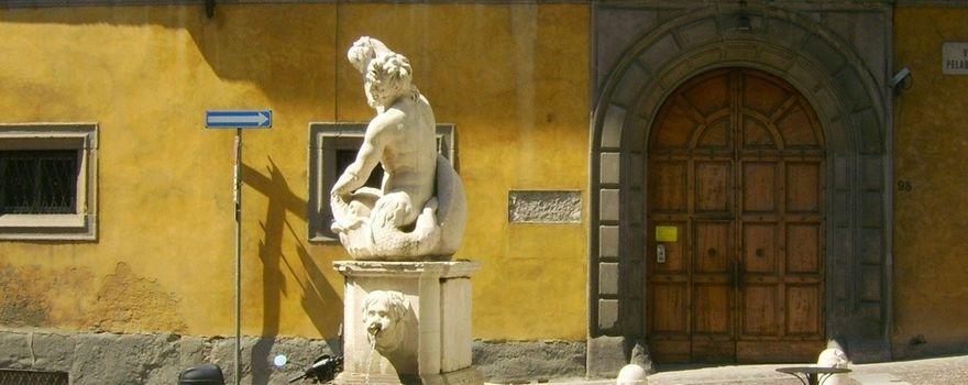 Bergamo, la Fontana del Delfino sarà restaurata