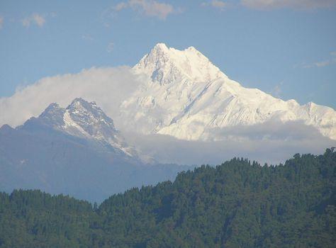 Kangchenjunga, Marco Confortola ha rinunciato