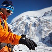 Non solo un grande alpinista, ma un grande uomo da prendere esempio!