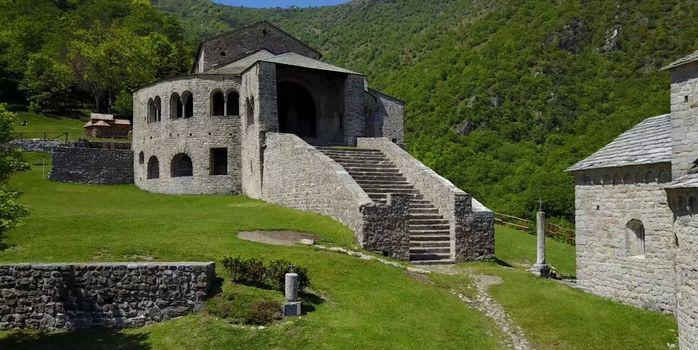 Civate, nuova vita al percorso medievale