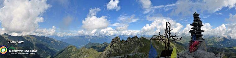 33753_55-vista-dal-valletto-verso-il-ponteranica-la-val-gerola-e-le-alpi-retichejpg.jpg