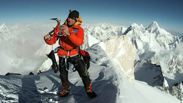 Urubko ce l'ha fatta: nuova via sul Gasherbrum II