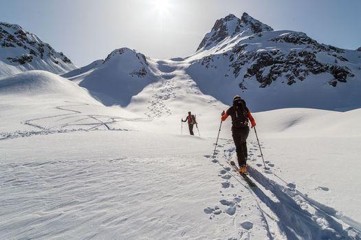 Scialpinisti sul pizzo di Rodes