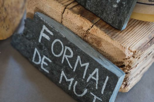 Historiae casei: il formaggio sale in cattedra