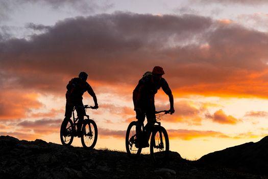 Dal Trentino alla Cina in bicicletta