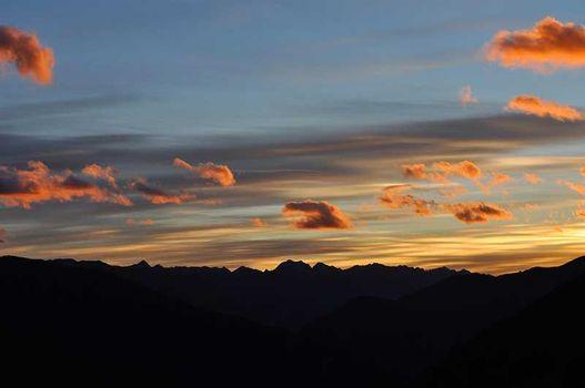 Caspole al tramonto nel Parco dell'Adamello