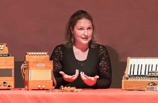 Francesca Gallo, artigiana delle fisarmoniche e custode delle tradizioni