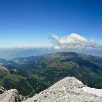 La salita al Sassputia:fatta nel 1968,anno della contestazione,ma in caserma era vietato contestare,sù tutti in cima,Alpini e imboscati.