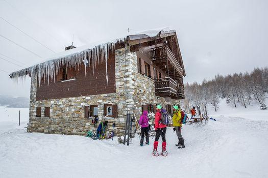 Nella neve al rifugio Al lago del Mortirolo