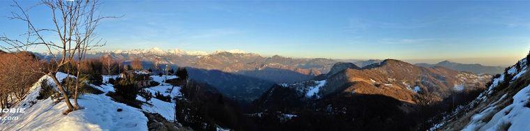 32122_88-panorama-dal-pizzo-cerro-verso-il-tramontojpg.jpg