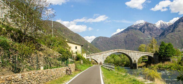 Pasqua sul Sentiero Valtellina