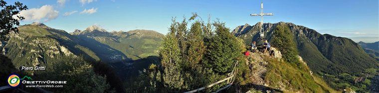 34097_49-vista-panoramica-dal-pianoro-della-croce-del-monte-catsello-_1425-m_jpg.jpg