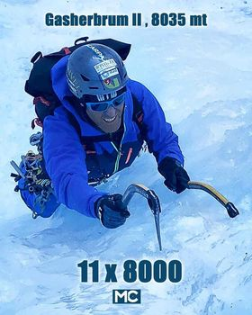 In vetta, Confortola conquista il Gasherbrum II
