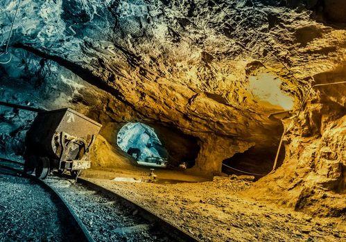 Santa Barbara in miniera a Dossena