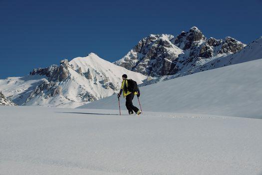 Con sci e ciaspole nella piana del Gaver