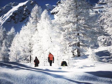 Tanta neve e altra in arrivo, ma attenzione al pericolo valanghe e distacchi