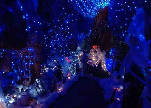 Natale magico nelle grotte di Rescia