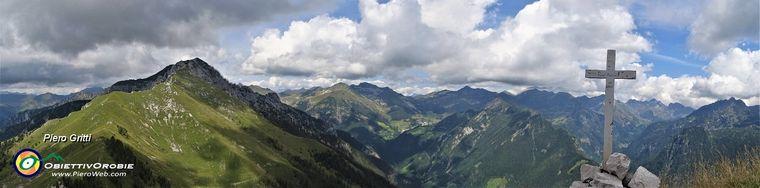 33790_75-vista-panoramica-dal-pizzo-badile-verso-le-alte-cime-orobiche-di-val-brembanajpg.jpg
