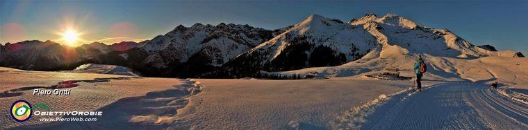32063_83-rientriamo-al-rif-monte-avaro-e-_al-ciar_-nella-luce-del-tramontojpg.jpg