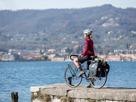 Weekend in bici: in un'app  le ciclabili della Lombardia